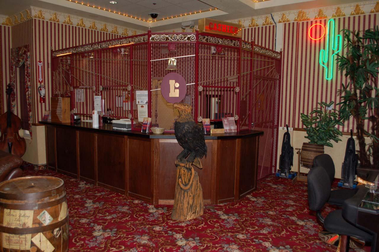 Western-Style Hotel Bar